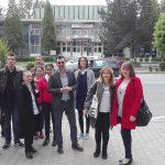 in fatza casei de cultura Petrosani